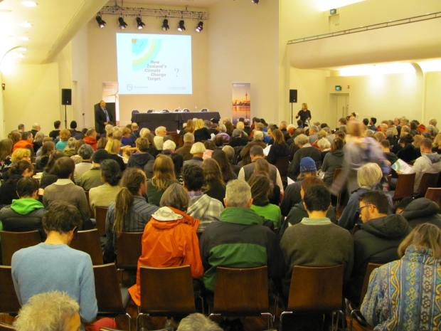 Ministry for the Environment Consultation in Dunedin 21 May 2015 at 6:30pm. Consultation on New Zealand's Climate Change Targets